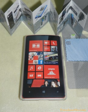 Lumia 820 Hard Case Momax (สีขาว)